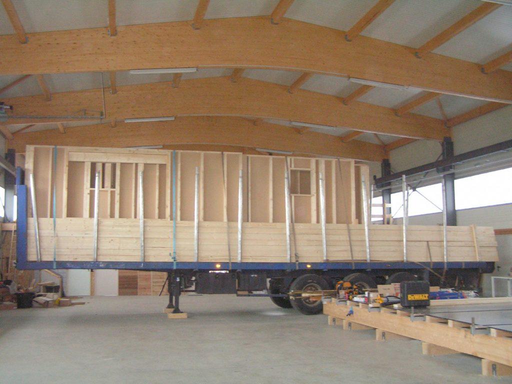 atelier-artisanal-construction-bois-1