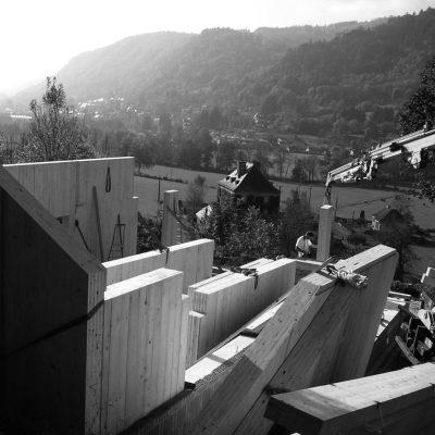 maison-architecture-bois-pente-aveyron-9