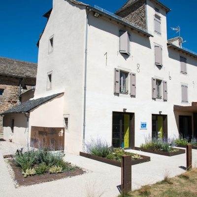 rehabilitation-presbytere-logement-sociaux-facade-sud03