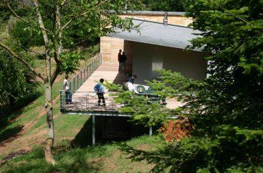maison-architecte-habitation-dans-les-arbres-le-monastere-8