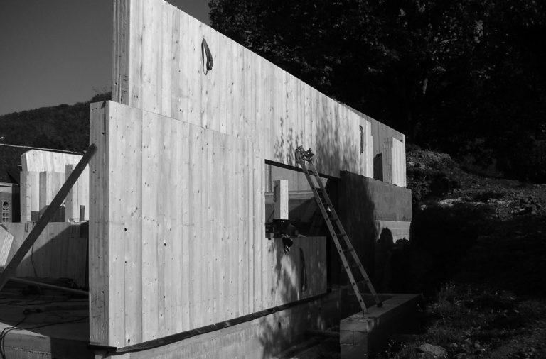 maison-architecture-bois-pente-aveyron-7